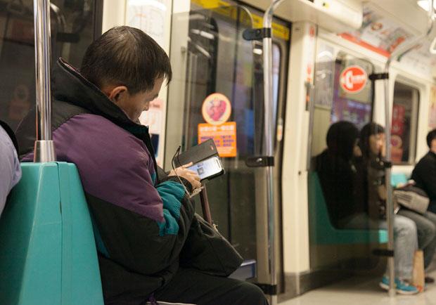 減少孤獨、增進人際互動,長輩使用視訊能降低憂鬱