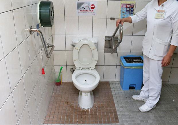 重新學習如廁,幫助長輩擺脫尿布的束縛