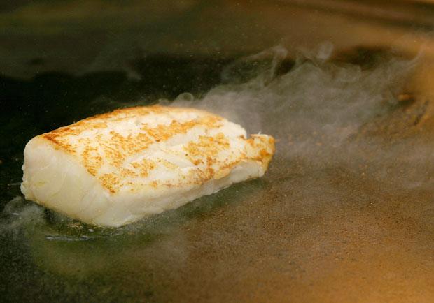 鐵板燒、速食店、便當店的鱈魚其實都不是「...