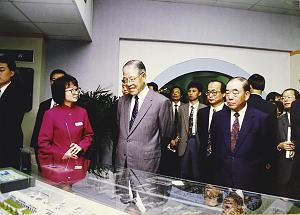 民國81年,李登輝巡視六年國建。